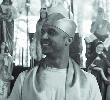 David Dias é dirigente do Templo Umbandista Pai João de Angola e tutor do estudo Zé Pelintra e os Malandros na plataforma Umbanda EAD.